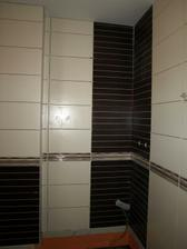 obklady ve spodní koupelně