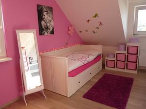 takto by se mi to líbilo pro starší dcerku, až budou chtít holky každá svůj pokojík