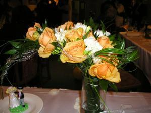 moje kytice... krásná a nádherně voněla
