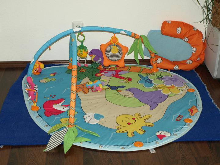 Bydlíme - skvělá deka :-) pořád oblíbená i u naší 3-leté dcerky :-)