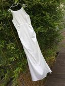 Jednoduché svatební šaty nabo šaty na převlečení, 40