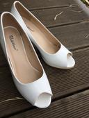 Svatebni boty, 38