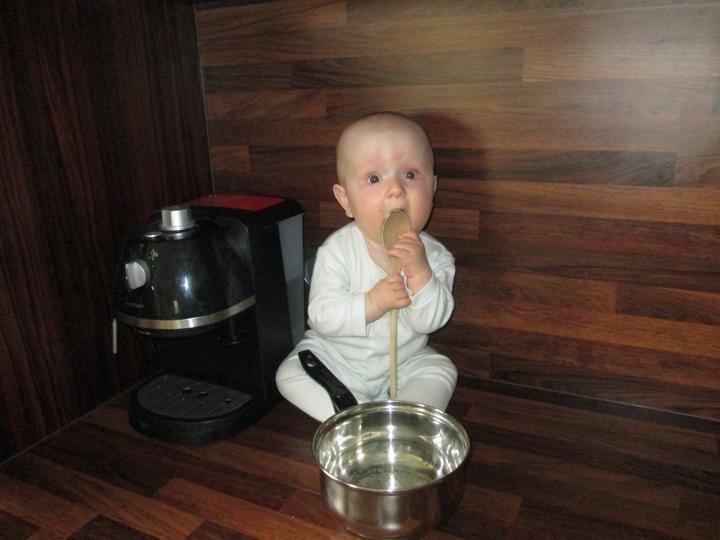 Bývameeee :-D - kuchynsky pomocnik :-)