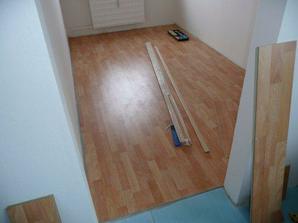 Podlaha v spálni...