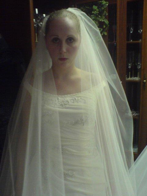 Náš svadobný deň - ... a ešte bližší záber ... xichtík si nevsímajte ... práve som šla niečo povedať :-D