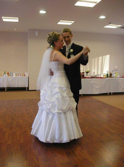 Natália{{_AND_}}Joe Štrbákovci - Prvý spoločný tanec ako manželia ;-)