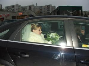 bola to fuška nasadnúť do auta :-)