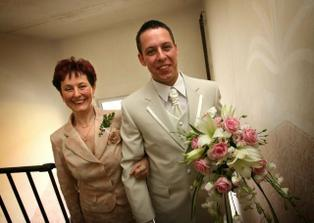 to je můj ženich s maminkou