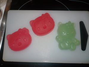 Mydla Hello Kitty :-) Pro kamaradku Pavlu a jeji Barusku.