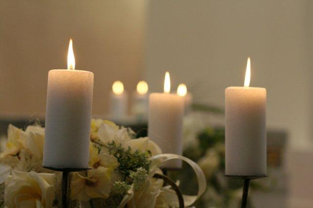 Ako to naozaj bolo.... - sviečky v kostole