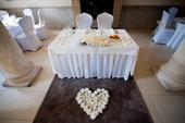 Dekorácia na svadobný stôl či auto,