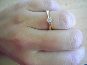 môj prstienok zásnubný..
