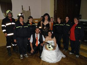 kamarádi hasiči taky přijeli udělat legraci