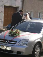 přijela nevěsta ze salonu