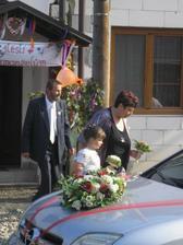 rodiče ženicha a vnučka- družička Deniska