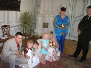 my tři,náš Adámek,neteř Deniska,od kamarádky neteř a moje maminka
