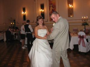 potom ďalší s manželom