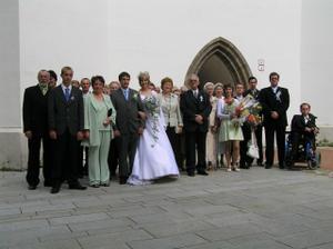 Svadobčania pokope