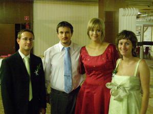 S mojou dlhoročnou priateľkou Lenkou a jej manželom Jankom. Sú to skvelí ľudkovia, veľa pre mňa znamenajú...