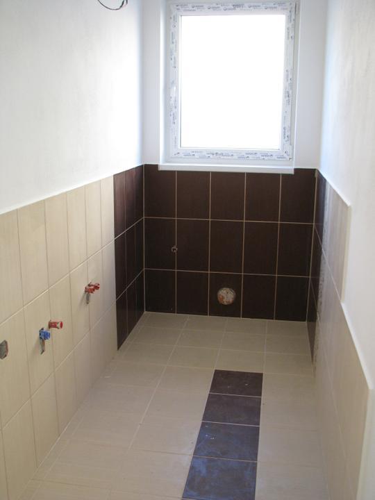Alfa 166 aneb naše trápenie 8-) - práčovňa s WC