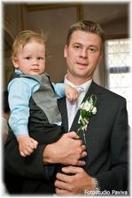 Pyšný tatínek se synem Tomáškem
