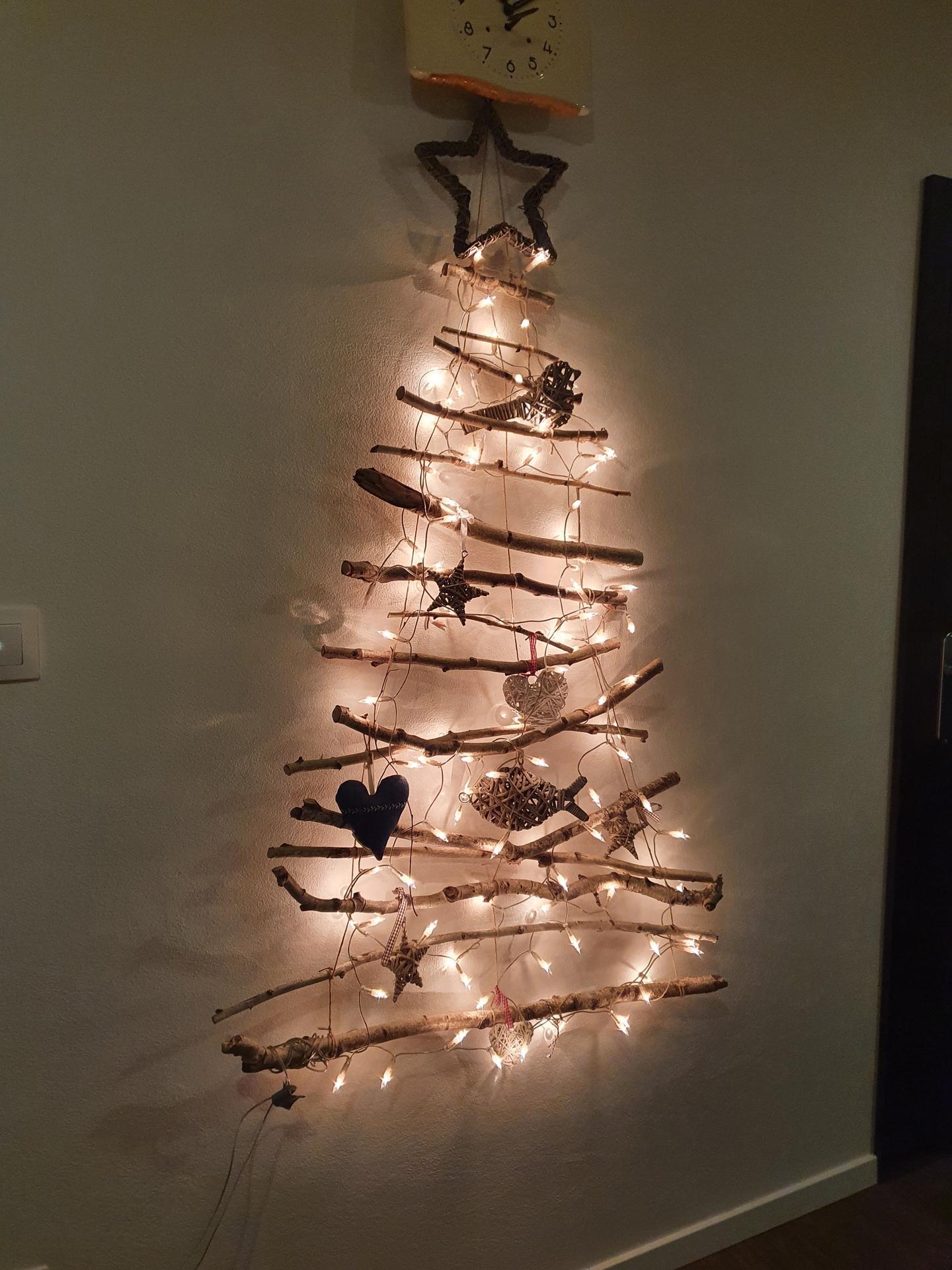 Nasa oblubena, x rokov recyklovana vianocna ozdoba...kazdy rok ju davame dole neskor a neskor... - Obrázok č. 1