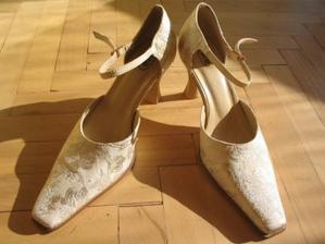 to moje crievicky ze zlata, ktore su obujem v onen slavny den !