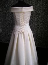 šaty zezeadu