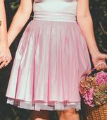 Bodkovaná suknička , 38