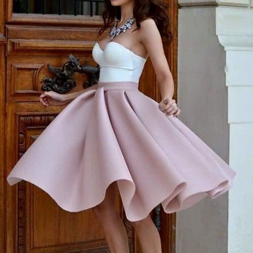 4c3dcee794a3 Odkiaľ kúpim túto sukňu  - - Spoločenské šaty