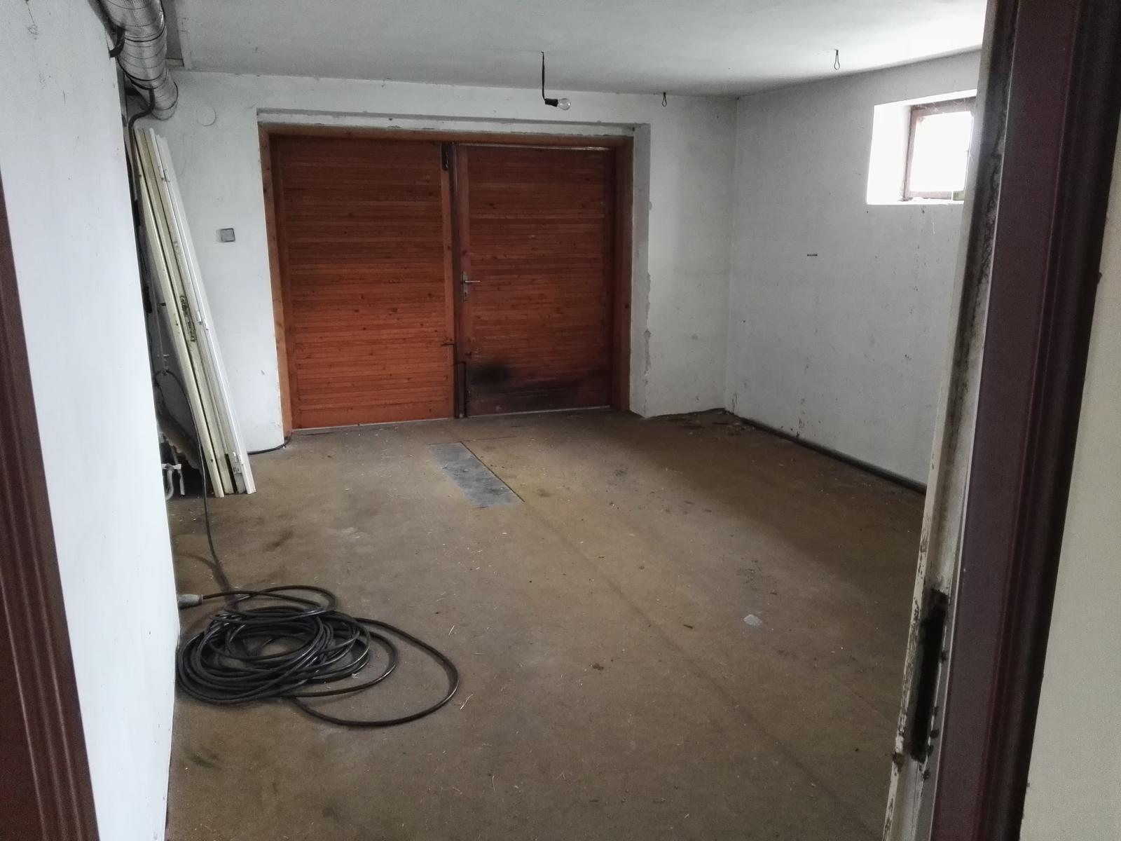 Rekonstrukcia RD - Garaž
