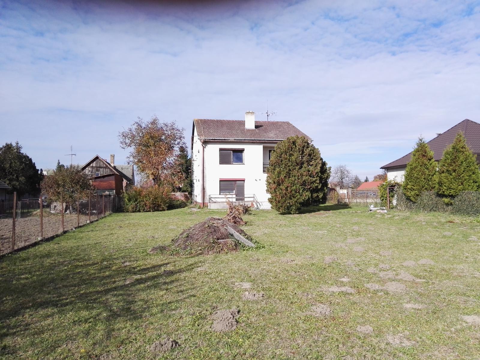 Rekonstrukcia RD - Zahrada - čím ďalej ste od domu, tým vyzerá lepšie