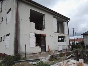 Ďalšie okno sa mení, sused mi kričí zo zahrady, či staviame, alebo plánujeme iba burať naveky :D mudrlant