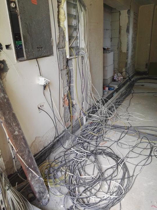Dolná polovica kablov
