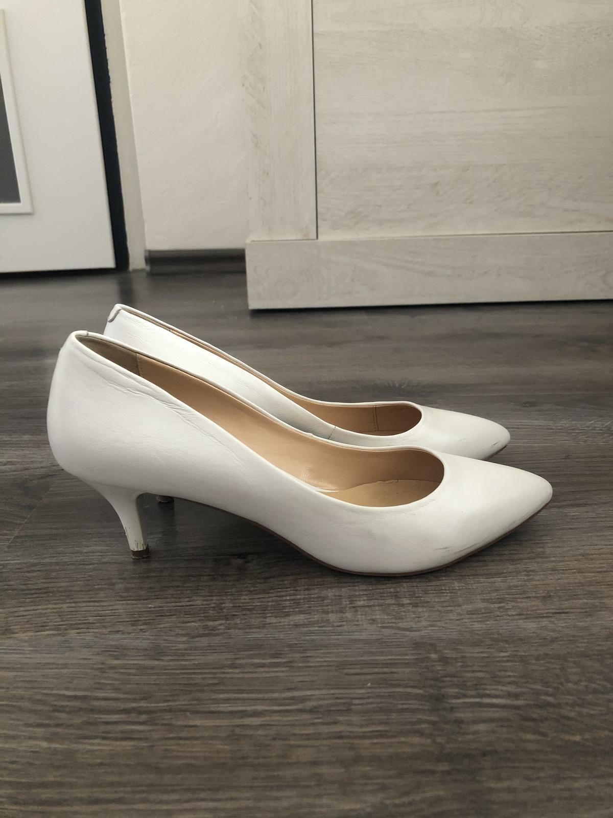 Svatební boty na podpatku - Obrázek č. 1