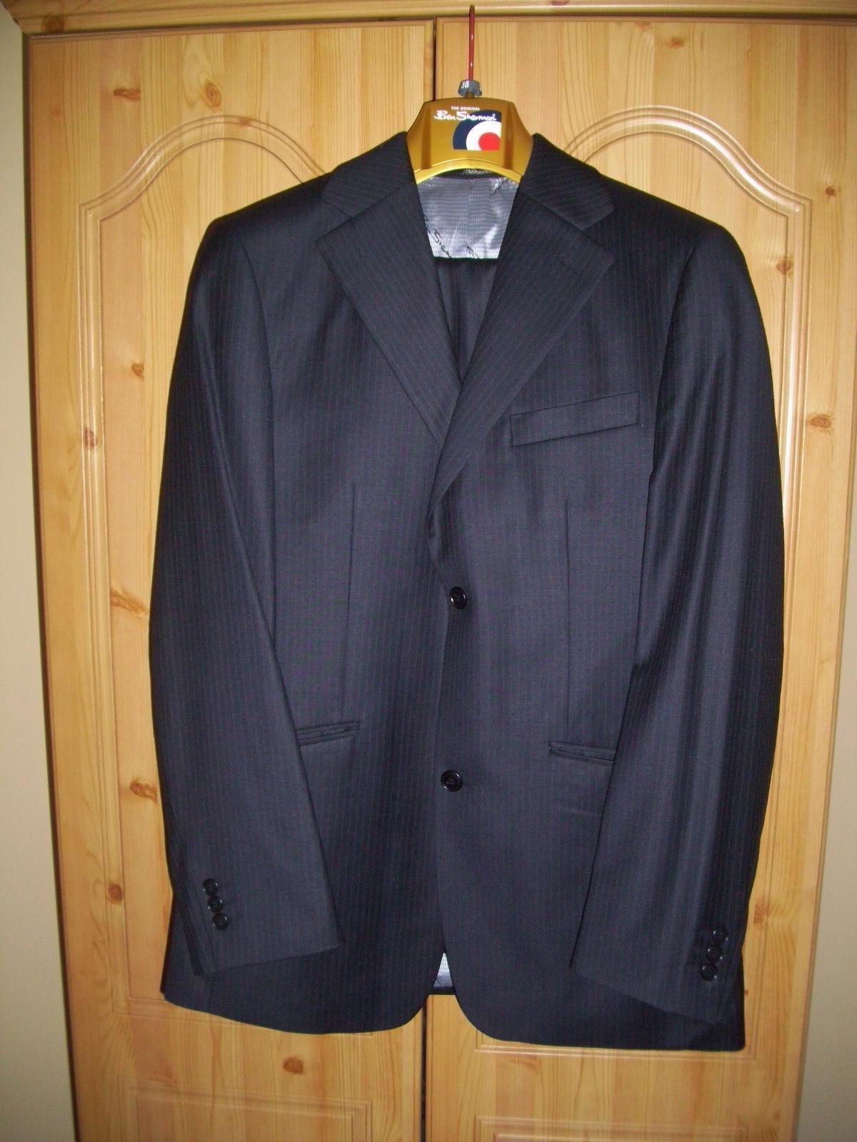 nepoužity pansky oblek , značka Ben Sherman,  - Obrázok č. 1