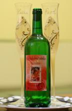 Svadobné vínko, ktoré bolo venované pre všetkých hostí na pamiatku...