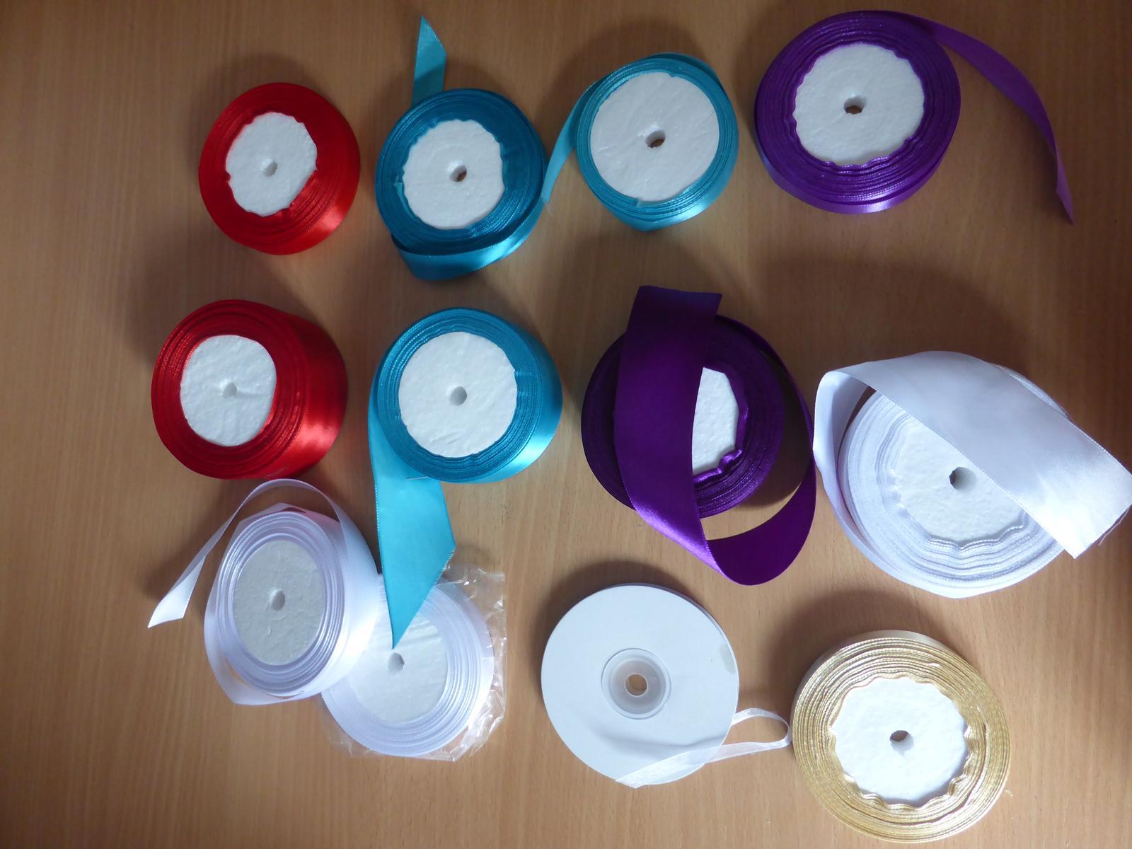 Stuhy - různé barvy - Obrázek č. 1