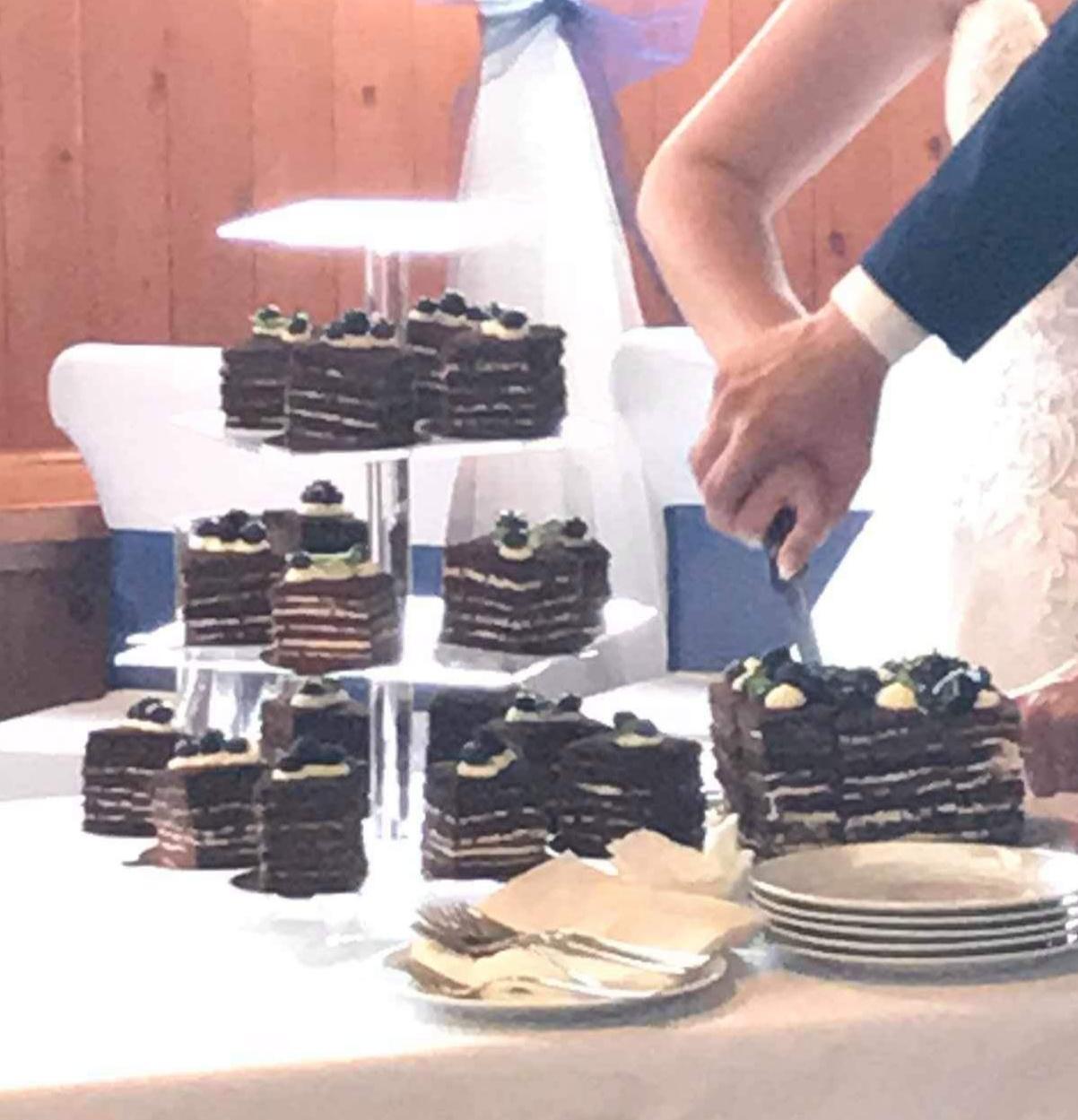 Stojan na dort/zákusky/muffiny - Obrázek č. 1