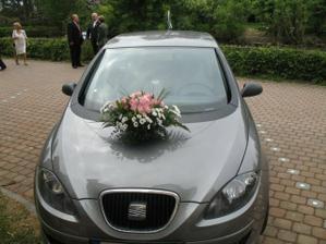 auto nevěsty-krásné kytí od mé milované babičky