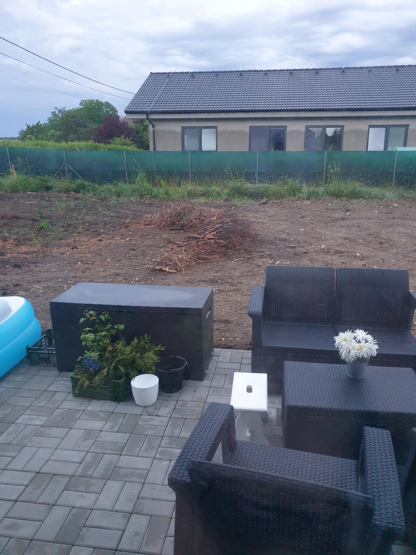 Zahrada a terasa - Obrázek č. 17