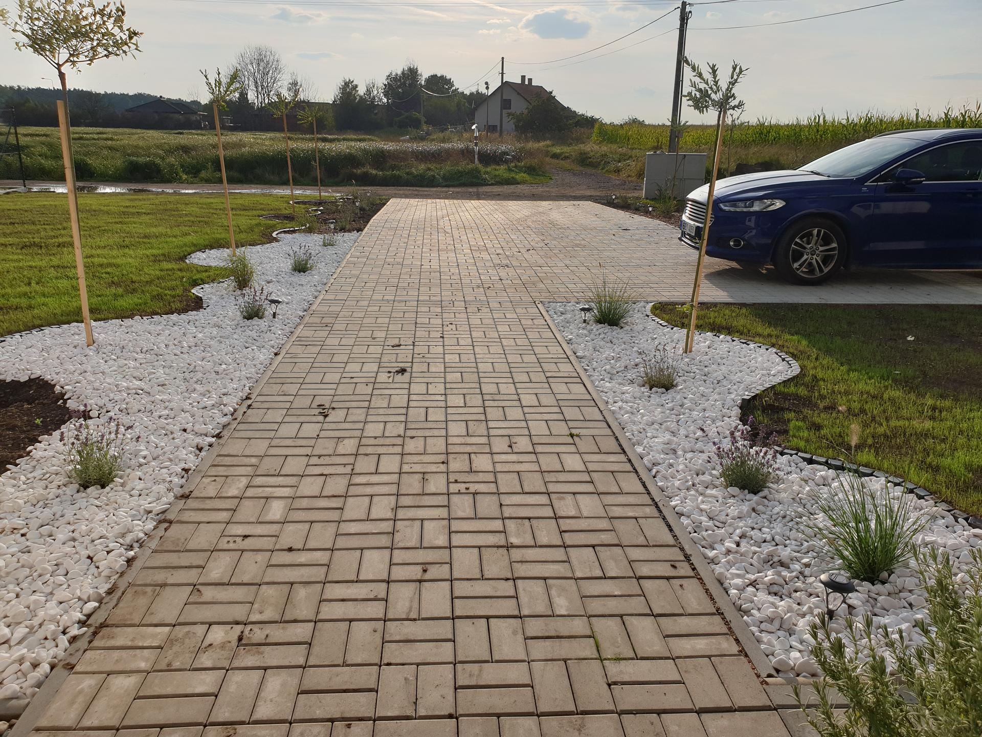 Zahrada a terasa - Obrázek č. 88